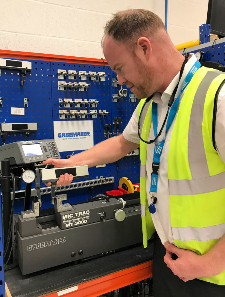 April 2019: Atlas Copco Tightens Up on Internal Thread Measurement with Gauge Setting System from Bowers Group