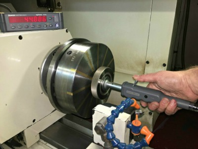 Dec 2015: Pact Engineering Ensures Accuracy of Setting Masters for Automotive Industry with Bore Gauge Set